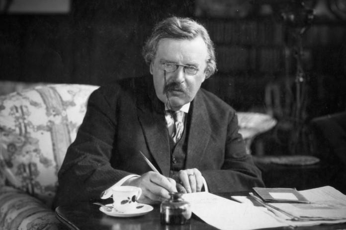 Defensa de la familia en los escritos de G.K. Chesterton